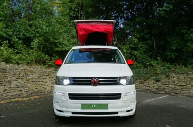 2015 / 65 Volkswagen Transporter 4 Birth Pop Top White & Red Campervan